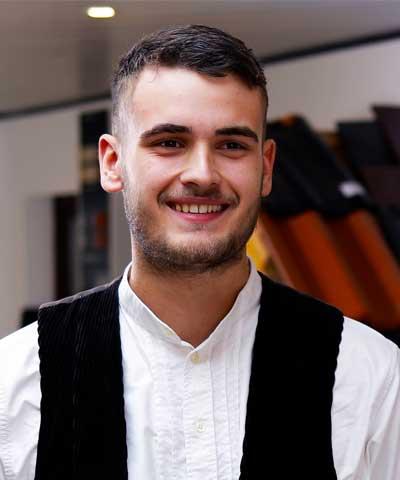 Nikolas Blum